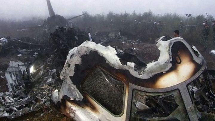 No es la primera vez que un piloto estrella un avión de manera premeditada