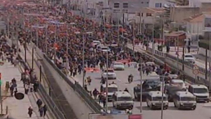 Multitudinaria marcha en Túnez contra el terrorismo