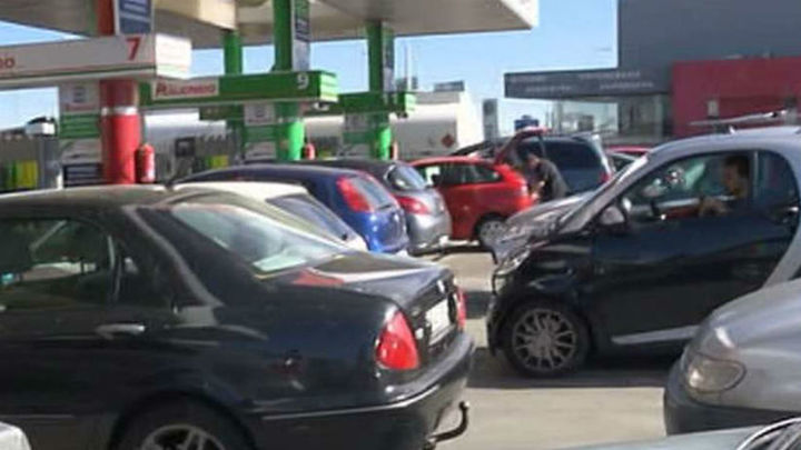El IPC abandona la senda negativa y cierra 2015 en el 0% por los carburantes