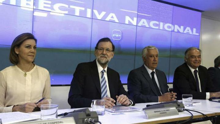 Rajoy advierte al PP de los dos objetivos del año: la recuperación y las elecciones
