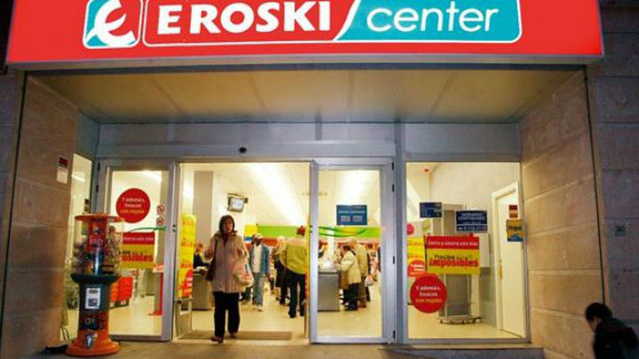 La CNMC aprueba compra de supermercados de Eroski por DIA
