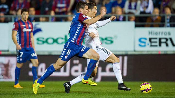El Real Madrid busca una victoria ante el Eibar que presione al Barça