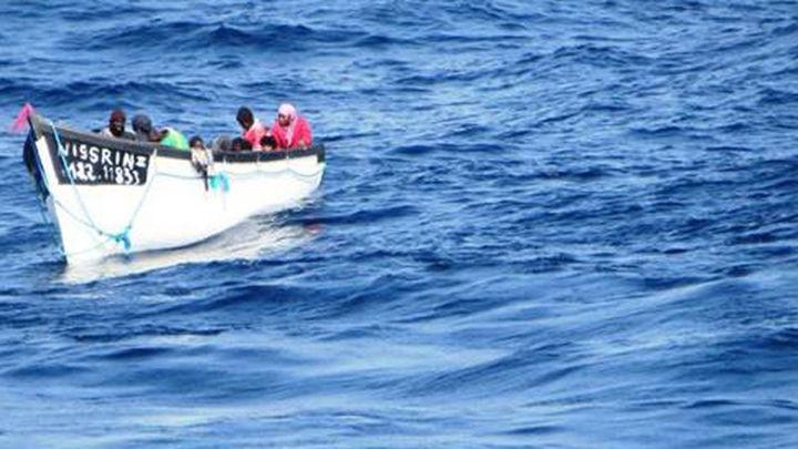 Los 28 discutirán como reforzar Frontex y lanzar una misión militar contra los traficantes de inmigrantes