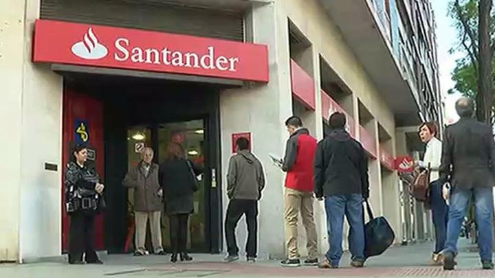 Los bancos que bloqueen cuentas sin pedir el DNI se exponen a multas de hasta 150.000 euros