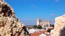 Campo Real: La iglesia castillo de los templarios