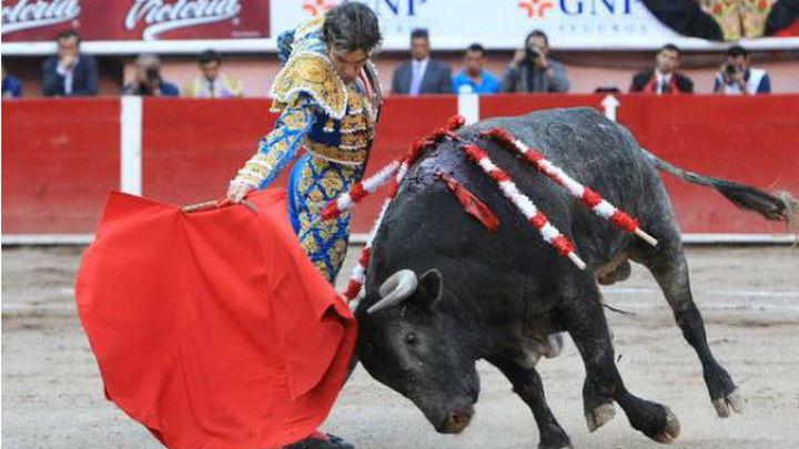 José Tomás sale por la puerta grande con 3 orejas en su vuelta a Aguascalientes