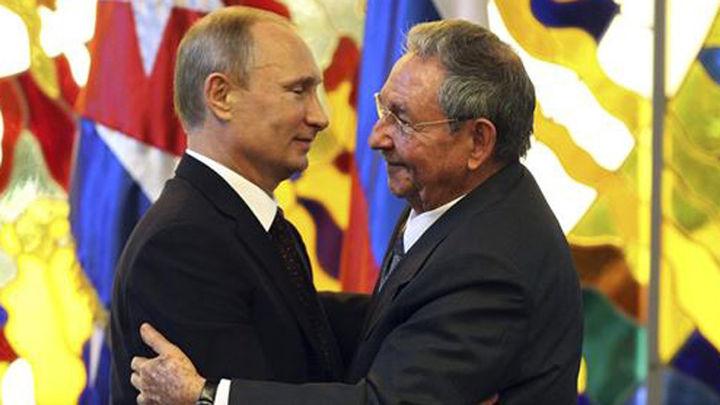 Raúl Castro llega a Rusia para celebrar con Putin la victoria sobre Alemania