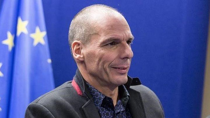 """Varufakis dice que Grecia """"no firmará una extensión de la crisis"""""""