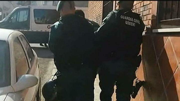 Dos detenidos por atracar un banco en Villaconejos