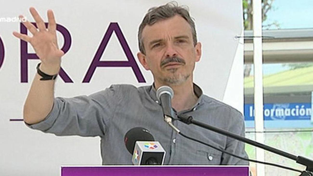 López (Podemos) promete garantizar el derecho de vivienda y parar los desahucios