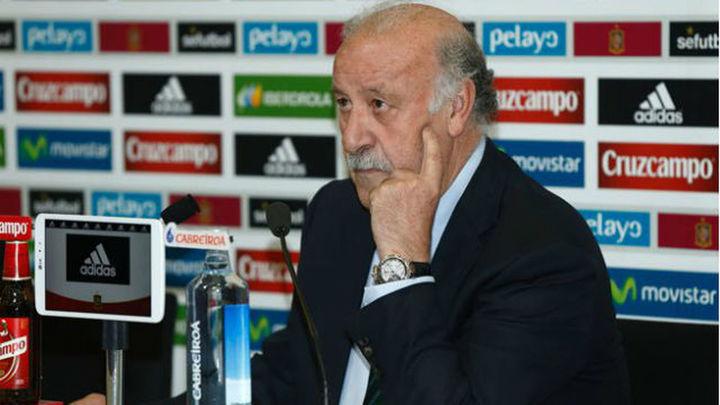 Sergio Rico y Aleix Vidal, novedades en la lista de Del Bosque