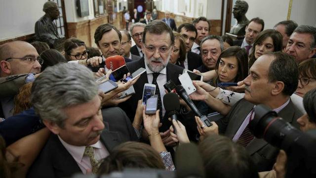 """Rajoy no descarta cambios y dice que irán """"poco a poco"""" tomando decisiones"""