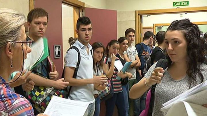 Madrid tiene la segunda tasa por crédito universitario más alta tras Cataluña
