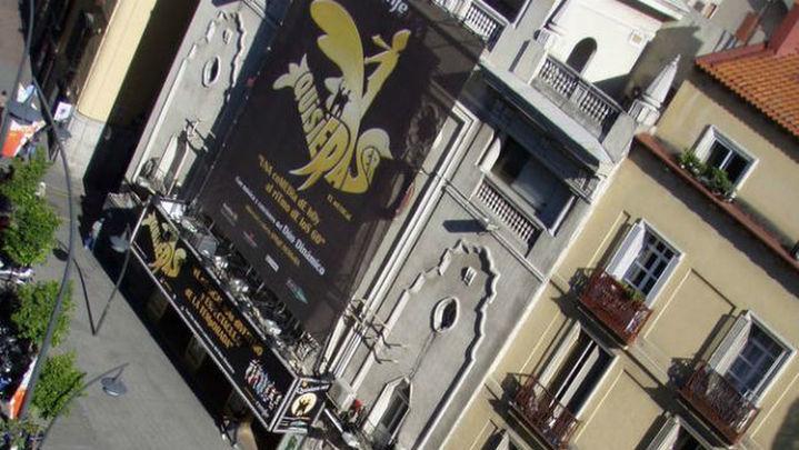 Recogen firmas en internet para impedir el cierre del Teatro Nuevo Apolo