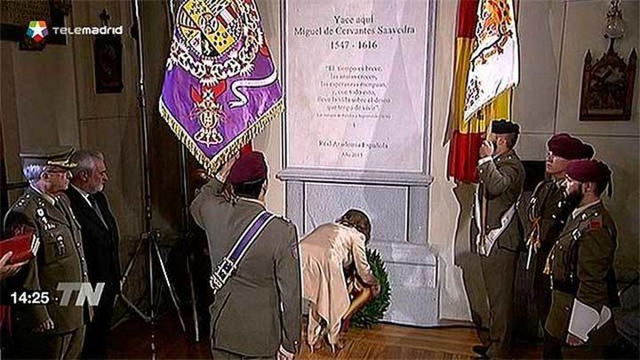 Los restos de Cervantes descansan ya en su nuevo monumento en las Trinitarias