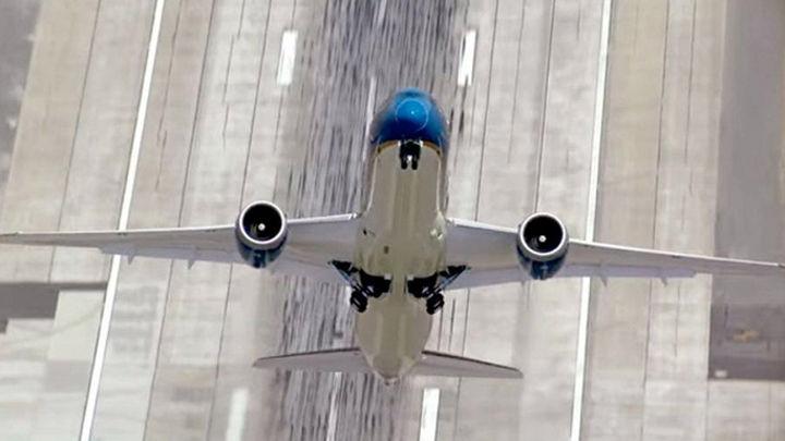 El despegue de un avión que quita el hipo