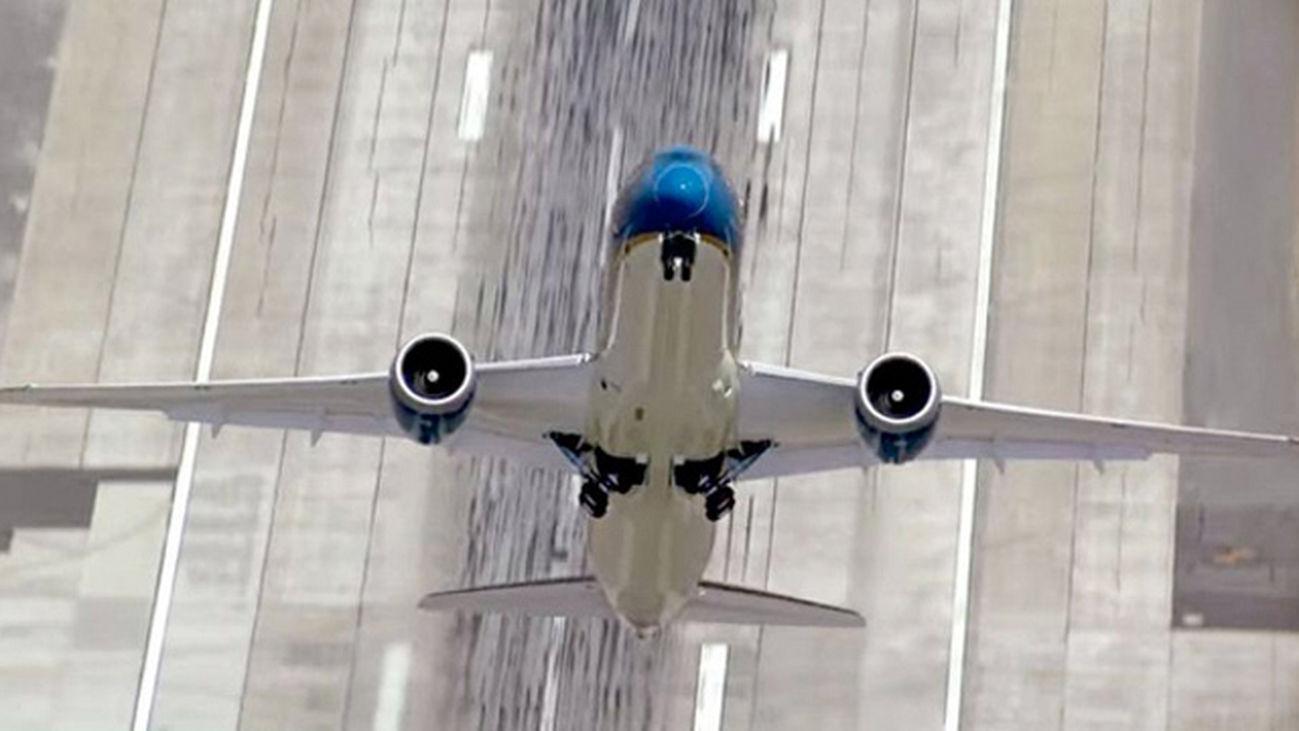 aviones_despegue_2123
