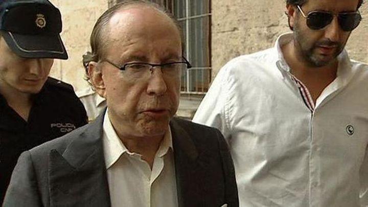 Ruiz-Mateos, ingresado en un hospital tras pasar la noche en prisión