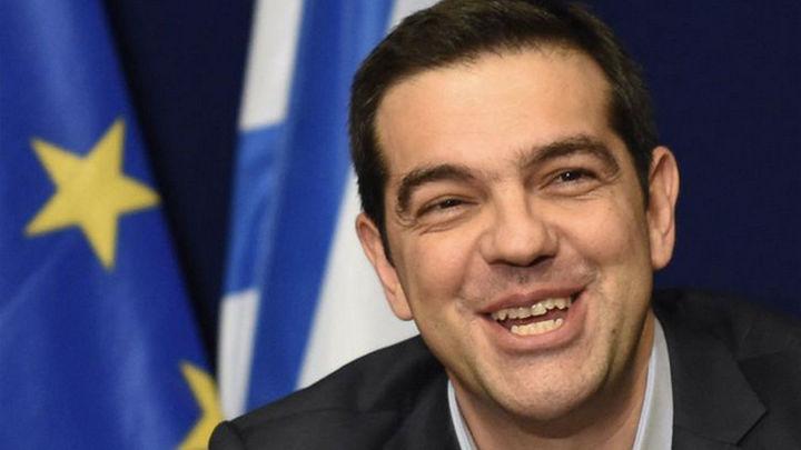La Comisión Europea confía en que hablen por teléfono Tsipras y Juncker antes de la cumbre