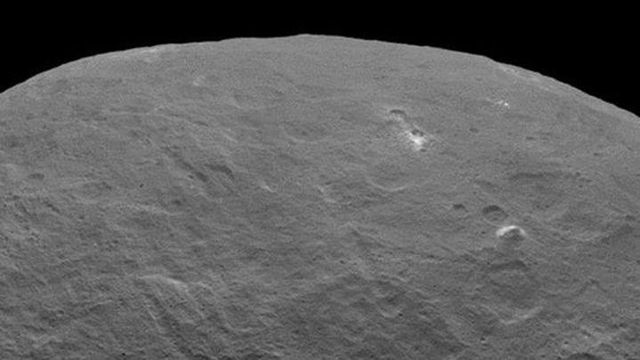 La NASA descubre una 'pirámide' sobre la superficie de Ceres