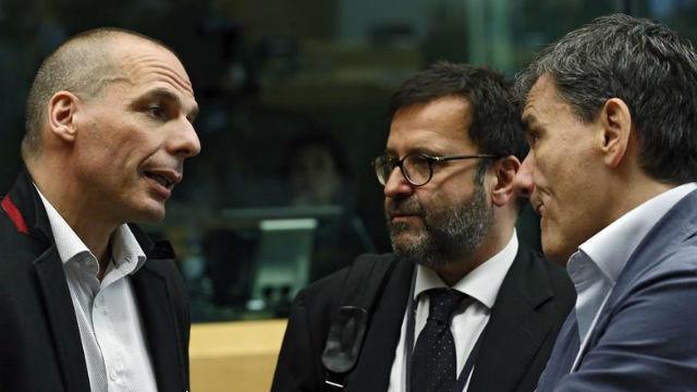 El Gobierno griego cede y confirma la contrapropuesta y Tsipras se dirigirá a la nación