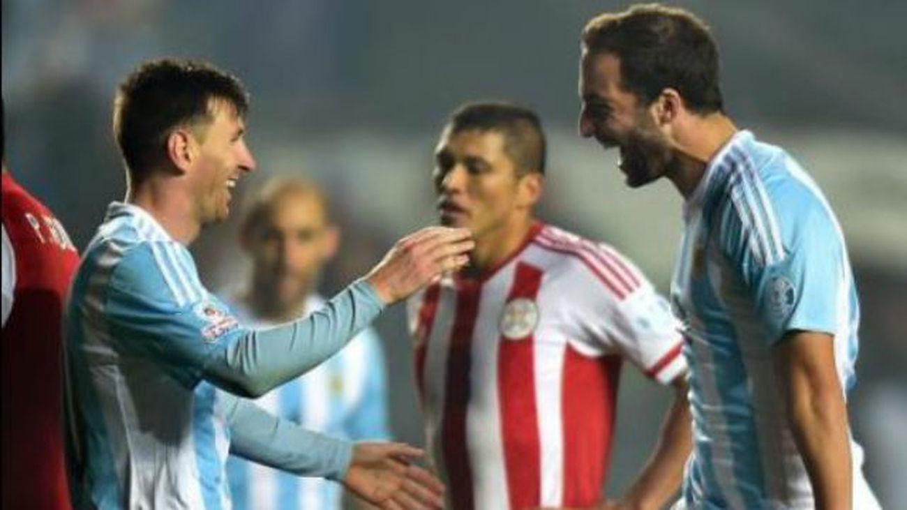 6-1. Argentina se desata ante Paraguay y jugará la final ante Chile