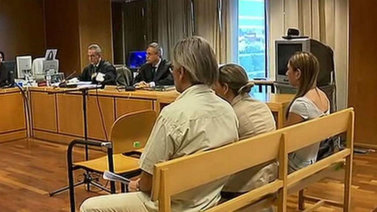 Condenadas a pagar 1.800 euros de multa dos integrantes el 'clan de las bosnias'