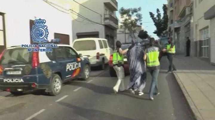 Detenidos 2 presuntos yihadistas, entre ellos una mujer que captaba a menores