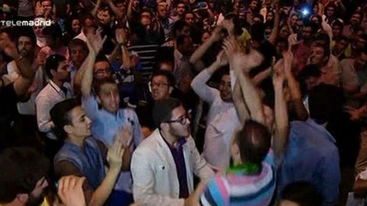 El equipo negociador iraní regresa a Teherán y es recibido con honores por el acuerdo nuclear