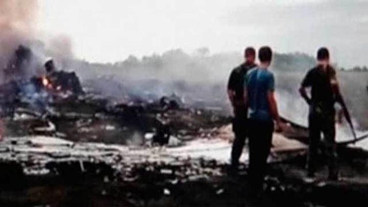 Un vídeo enturbia la conmemoración de la tragedia del derribo del avión de Malaysia Airlines