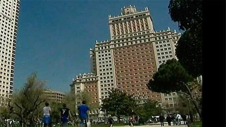 El grupo Wanda quiere demoler el edifico España y rehacerlo  piedra a piedra