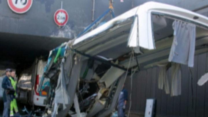 Seis españoles graves en el accidente de un autobús escolar en Francia