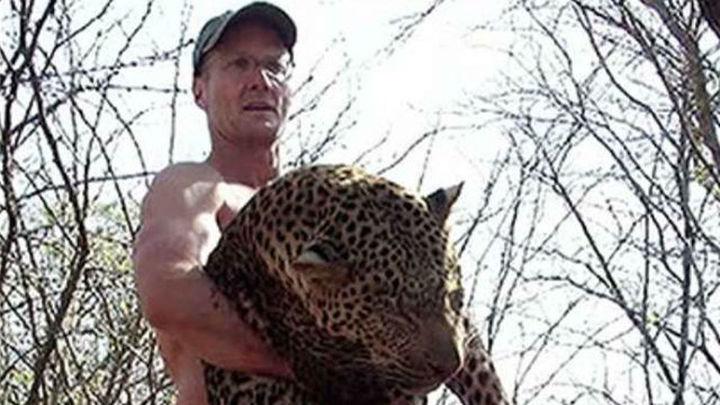 Un estadounidense paga 50.000 euros para cazar a un famoso león de Zimbabue