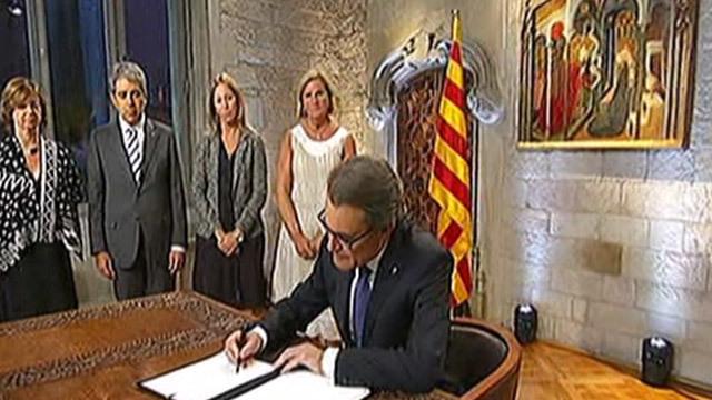 Arthur mas firma decreto de convocatoria de elecciones