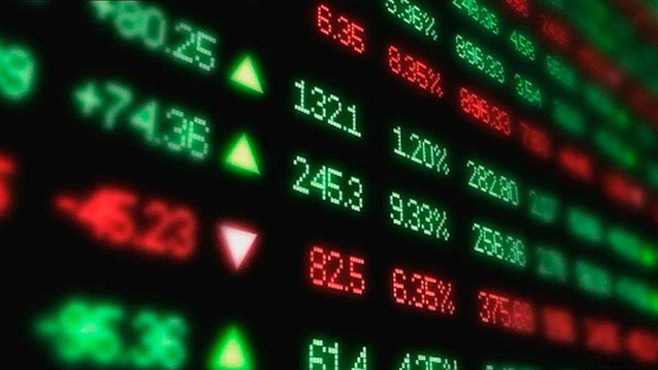 El Ibex rebota a los 7.920 puntos, pero se desploma un 6,8% en la semana