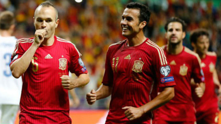 2-0. España gana a Eslovaquia y se acerca a la Eurocopa 2016