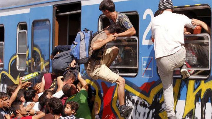 Los refugiados entran en Croacia pese al cierre de 7 pasos fronterizos