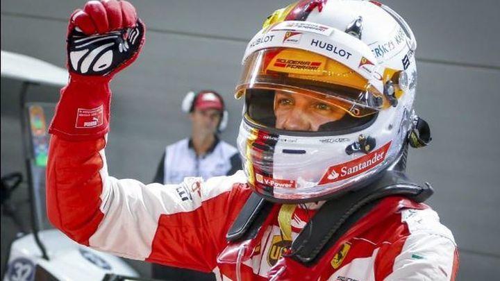 GP Singapur: Victoria de Vettel, Saiz 8º y séptimo abandono de Alonso