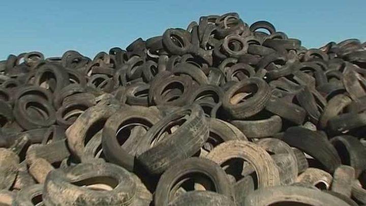 La Comunidad de Madrid da un mes para la eliminación del vertedero de ruedas de Seseña