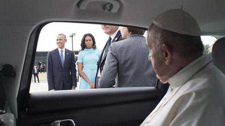 Miles de personas aguardan en Washington al Pontífice y su 'papamóvil'