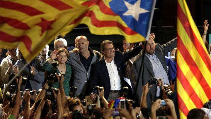 Junts pel Sí gana con 62 escaños, lejos de la mayoría absoluta y de los resultados de 2012