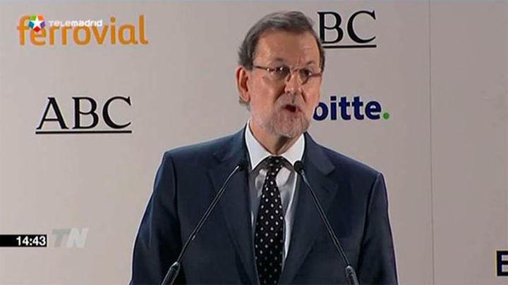 """Rajoy dice que España debe decidir el 20 de diciembre entre """"avanzar o retroceder"""""""