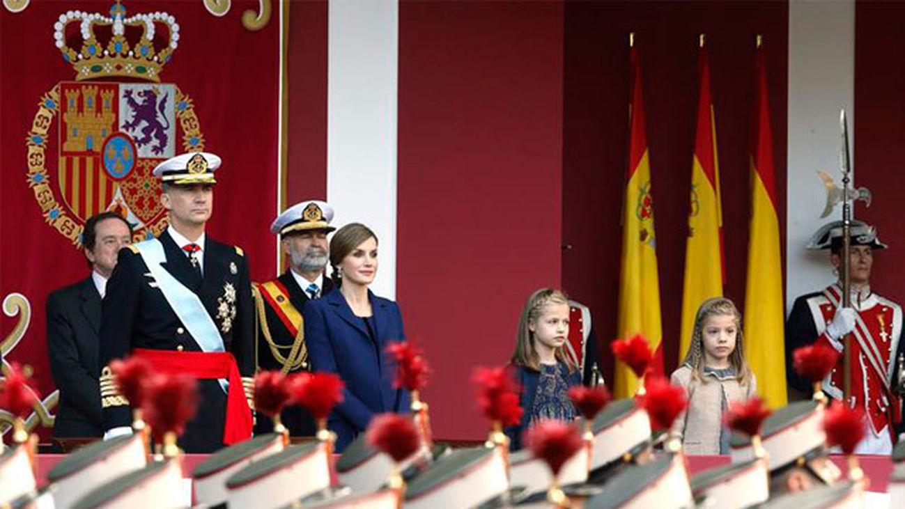 Los Reyes presidirán este sábado el desfile del Día de las  Fuerzas Armadas