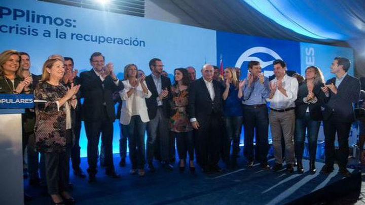 """Rajoy: """"El PP no necesita fichajes de última hora que lo regeneren"""""""