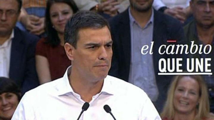 """Sánchez: """"Mientras en el PP dimiten o se avergüenzan, nosotros abrimos el PSOE"""""""