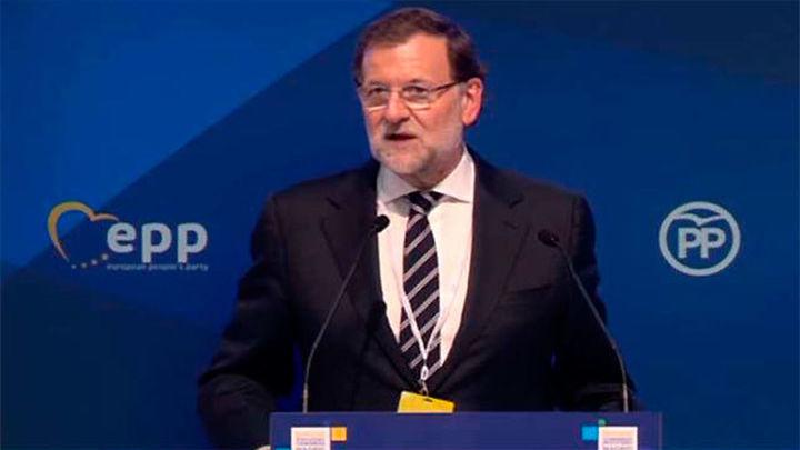 """Rajoy reivindica al PP como garantía de """"estabilidad"""" frente al populismo"""