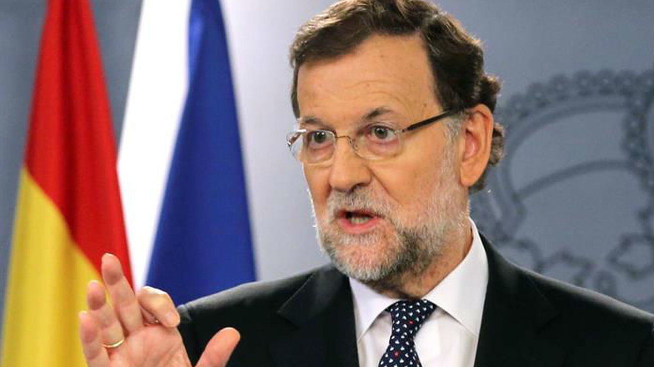Rajoy avisa con todas las medidas políticas y jurídicas contra la independencia