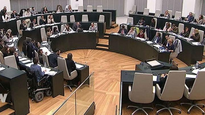 El Pleno del ayuntamiento rechaza prorrogar el convenio con el Consorcio de Transporte