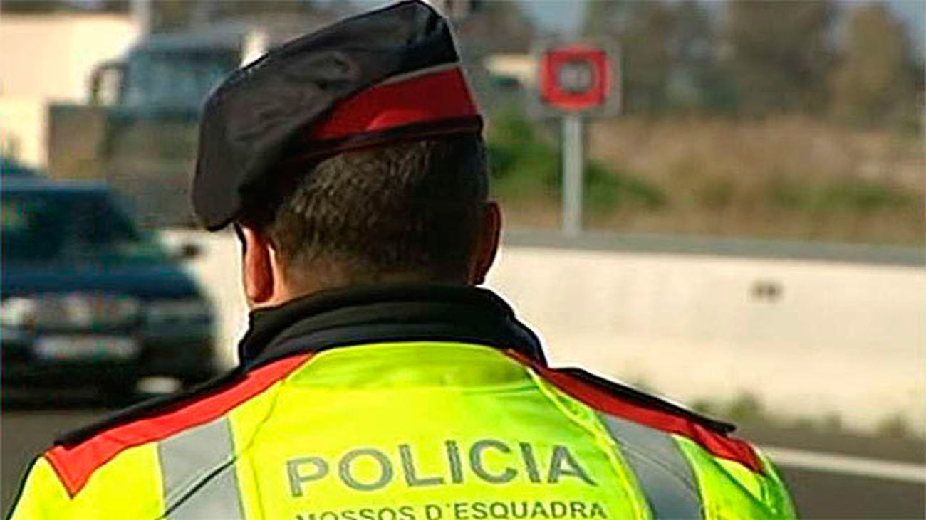 Detenidos dos hombres por robar en la AP-7 haciéndose pasar por policías
