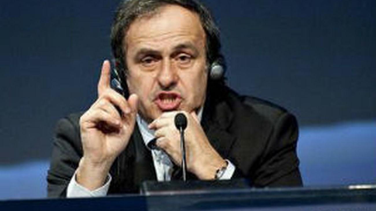 La FIFA admite a cinco candidatos a presidente, no a Platini